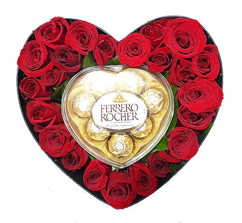 rosas en caja de corazon irania floristeria bogota