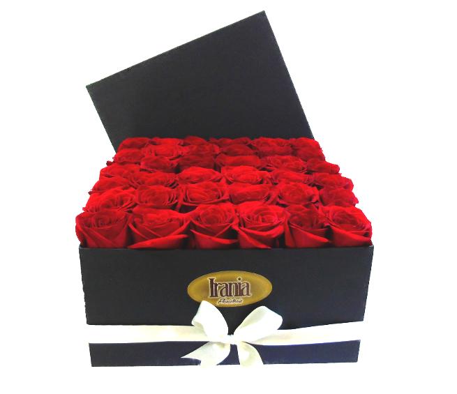 rosas en caja grande irania floristeria bogota.jpgi